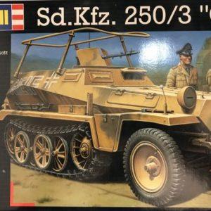 Revell, 03052, Sd. Kfz.250/3, 1/35