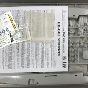 Italeri, 199, EB 66 E-DL, 1/72 € 18,-