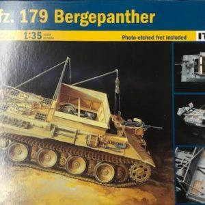 Italeri, 6472, Bergepanther, 1/35, € 24,-
